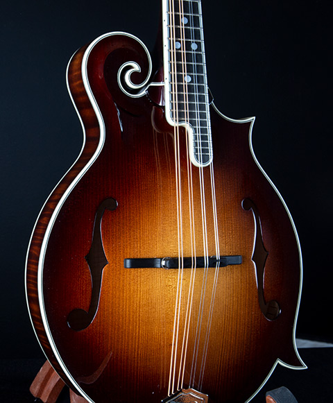 THE CROOKED RIVER Limited Edition Mandolin